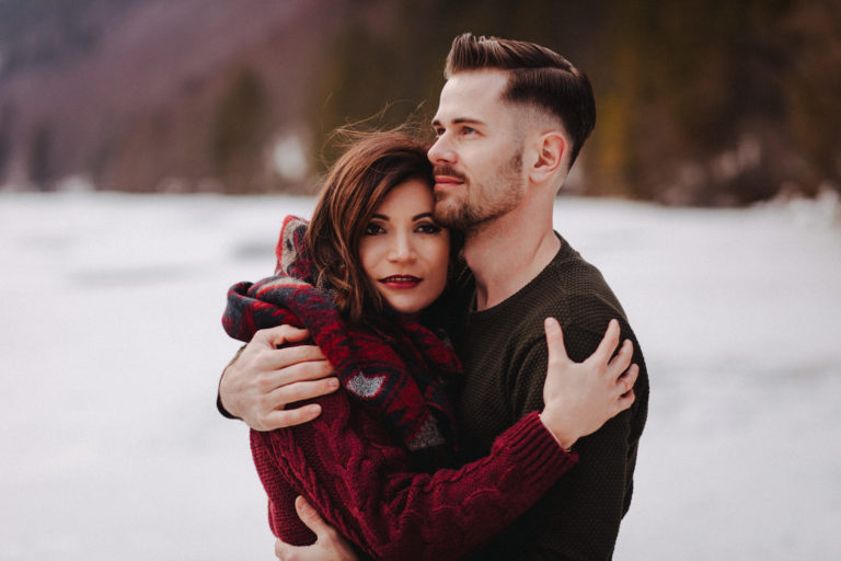 Paar-Portraits im Winter